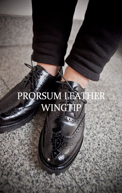 acc236. prorsum leather wingtip -100% cow leather-