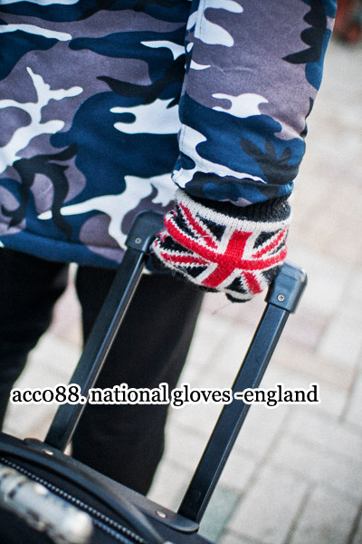 acc088. national gloves -england-